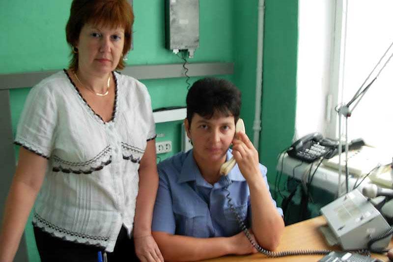Станционные смотрительницы Л. Карнаухова, О. Бирюкова.