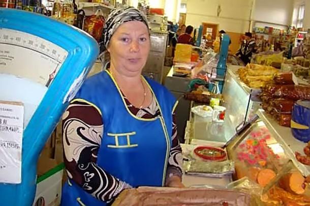 Продавца Колпнянского рынка Людмила Потураева.