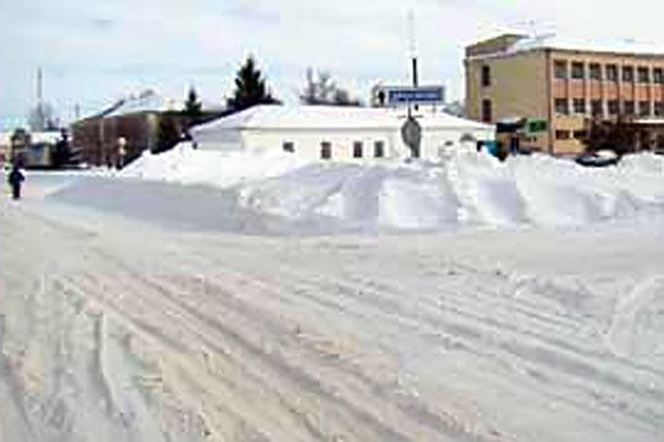 Конец марта 2013 года. Снег в Колпне.
